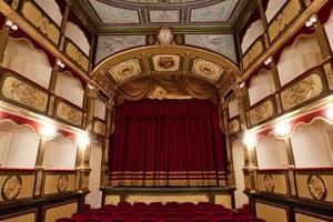 teatro-Garibaldi-gallipoli-300x200
